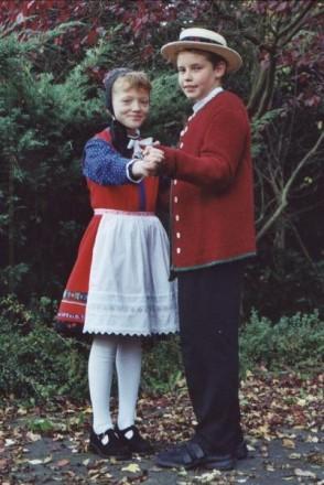 Tracht des Breidenbacher Grundes Obergericht Kinderpaar