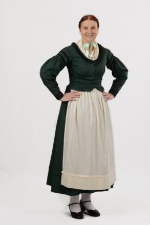 Frau in Rauschenberger Tracht