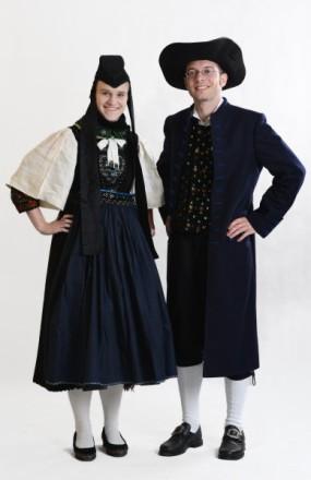 Paar in der Tracht des Amtes Blankenstein