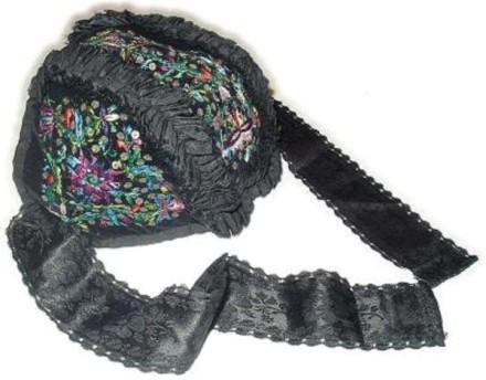 Tracht des Amtes Biedenkopf Kopfbedeckung des Kindes