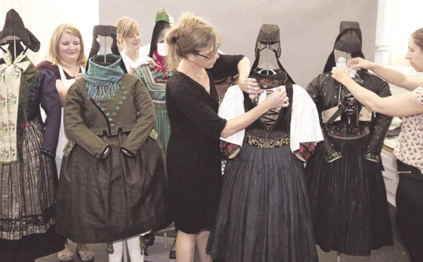 Neue Schau zeigt alte Trachten aus Nord- und Mittelhessen