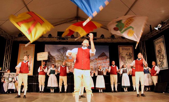 Tracht und Tradition aus Hessen - Trachten- und Volkstanzgruppen aus Südhessen @ Trachtenland Hessen, Hessentag | Rüsselsheim am Main | Hessen | Deutschland