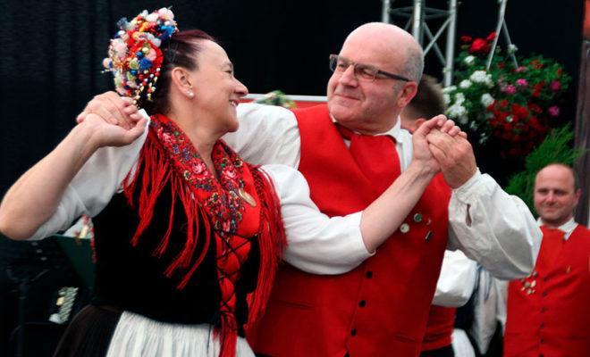 Singendes, klingendes, tanzendes Hessenland @ Trachtenland Hessen, Hessentag | Rüsselsheim am Main | Hessen | Deutschland